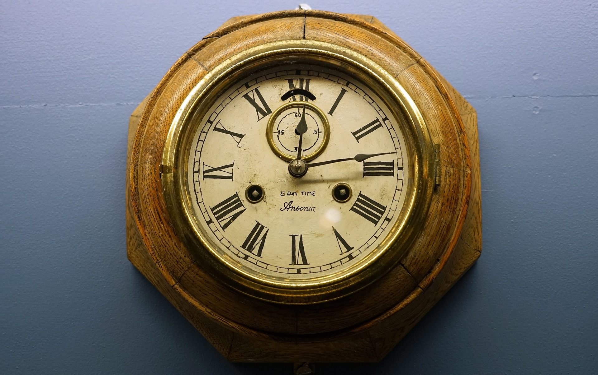 clock-2143830_1920.jpg