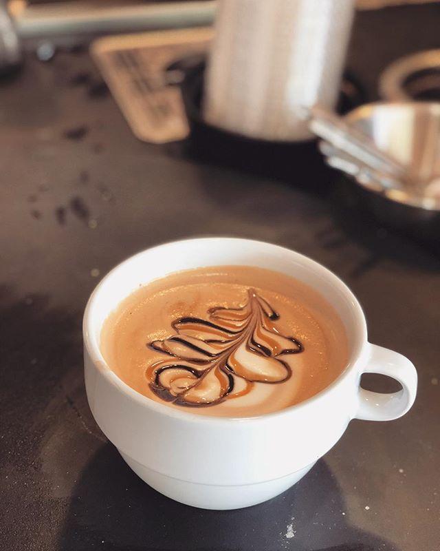 A little carmel, mocha & café to power through Monday!  #coffeebreak #baguettecafelv #vegascoffee #vegasfoodie #lasvegaslocal #frenchcafe #enjoy