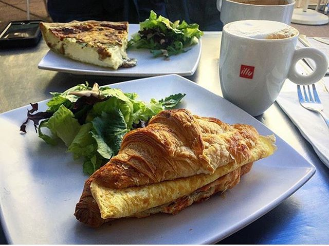 It's always a great day for Euro feels and flavors!  Much thanks to @agirlwithanadventurousfork for stopping by and capturing the moment!  #baguettecafelv #baguettecafe #LasVegas #frenchflair #foodiefavorites #lvfoodie #lasvegascityguide #quiche #croissants & #coffee