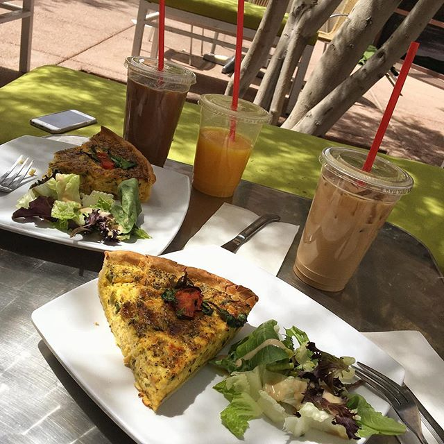 It's a great morning for quiche, coffees and good company! #labordayweekend #lasvegas #foodie #favorites #quiche #coffee #baguettecafe #baguettecafelv #lasvegascityguide #gearsandgrindsvegas 📸@andstudiosinc