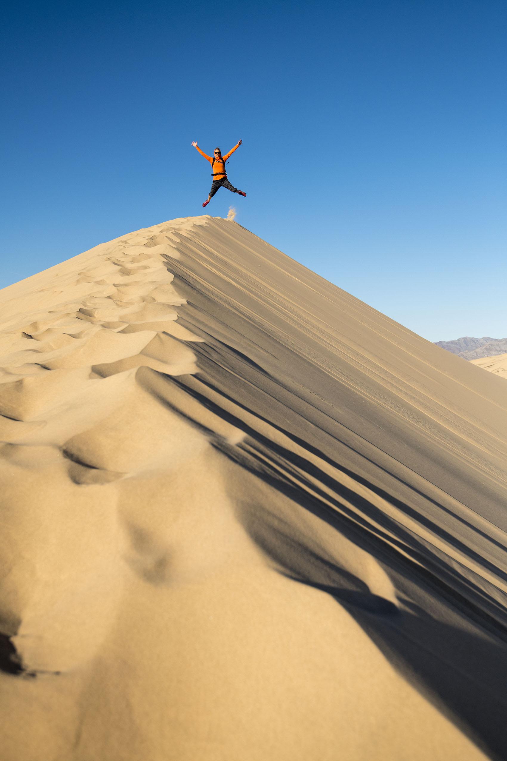 kick spark kelso dunes2.jpg