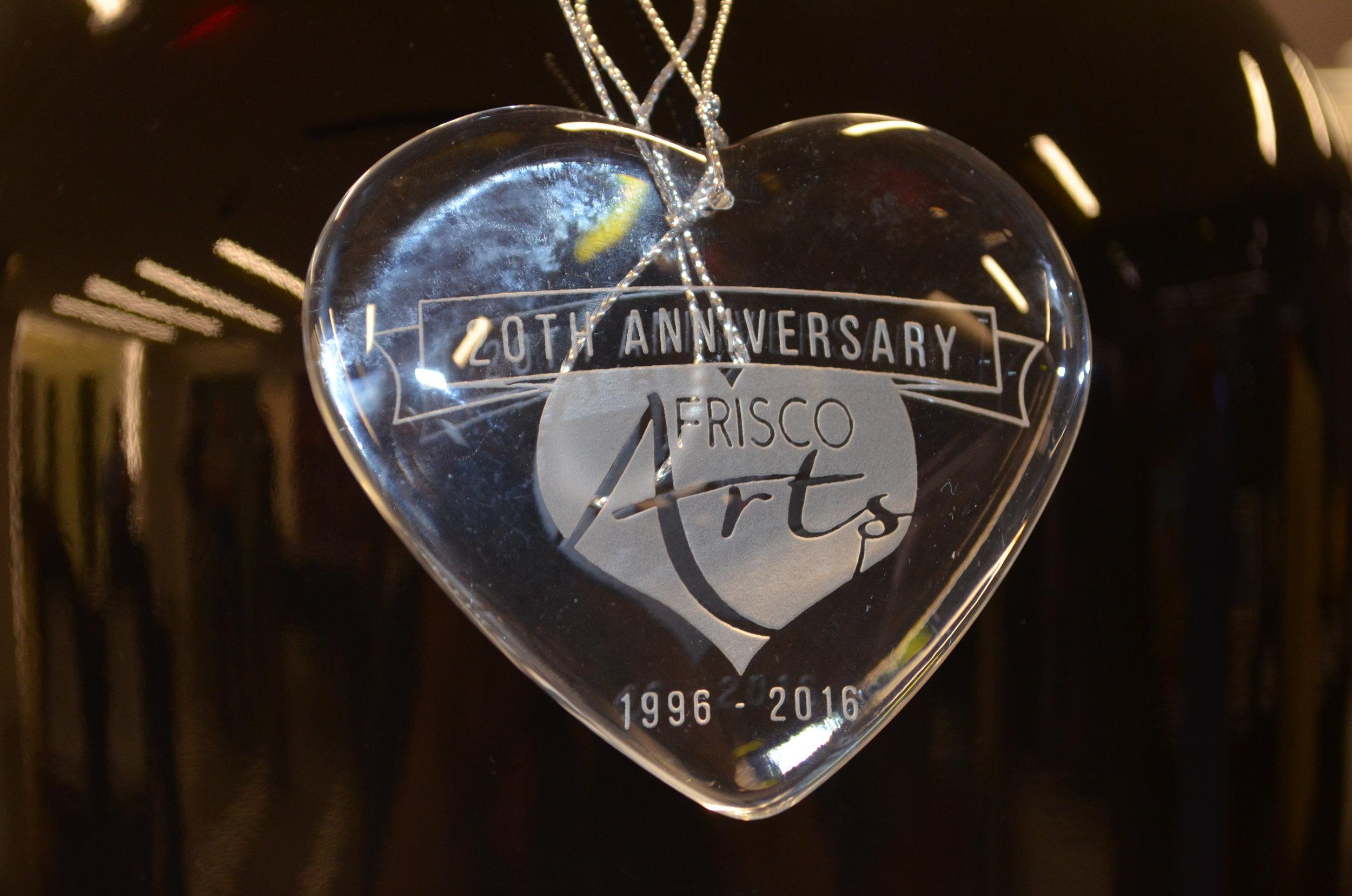 Frisco-Arts-29th-Anniversary-heart-belveal.JPG