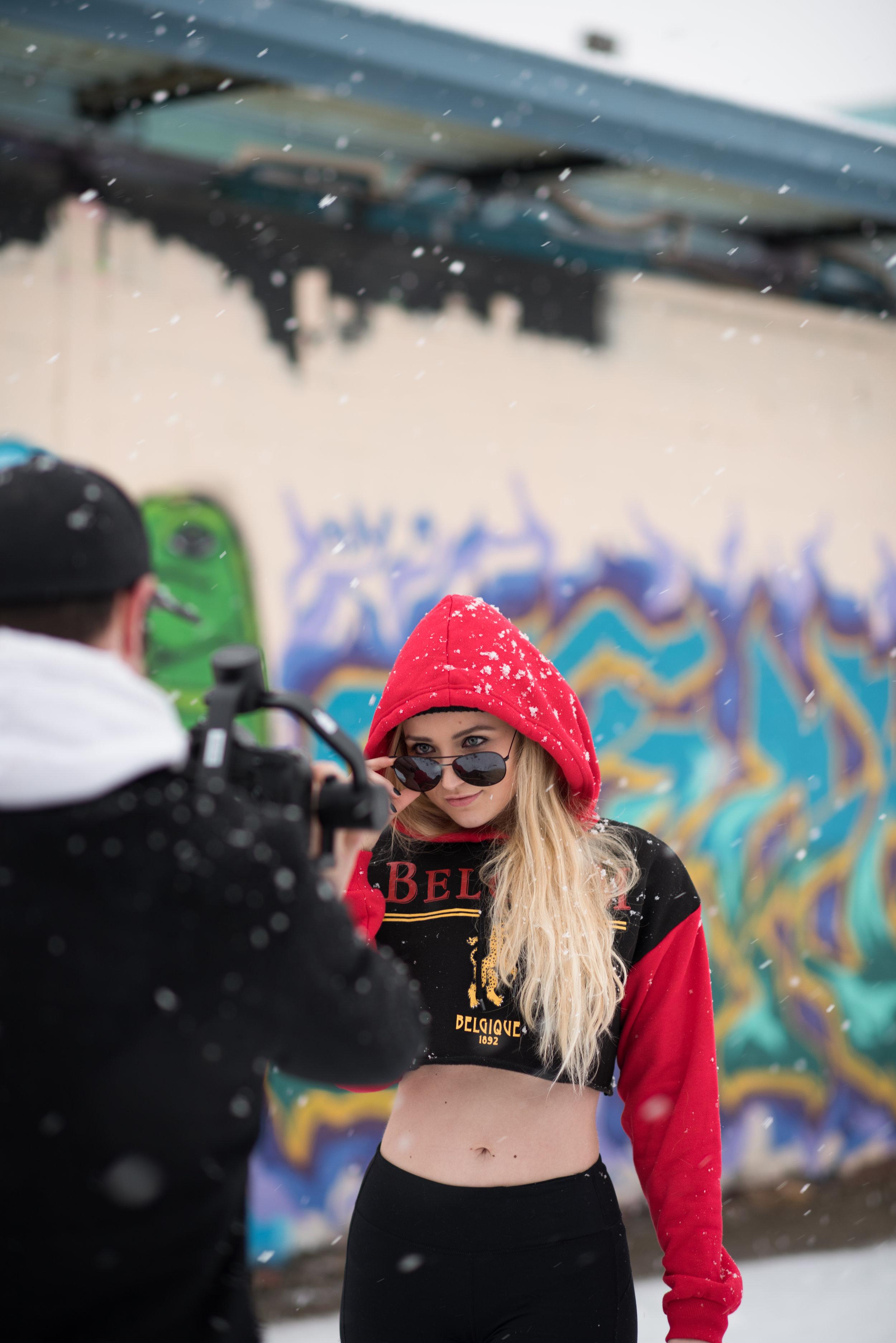 Kaereilly Snow Shoot-BTS (2).jpg