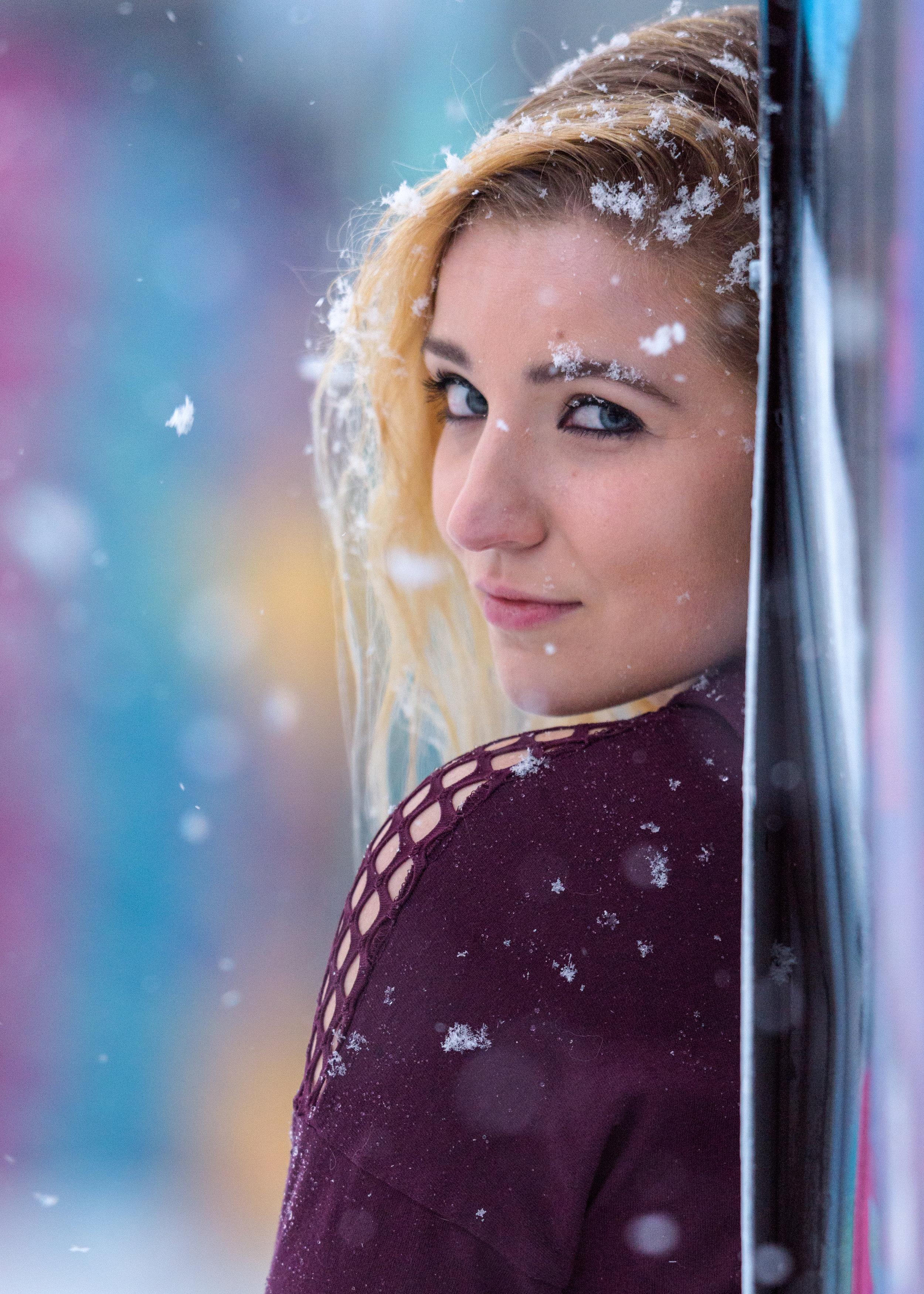 Kaereilly Snow Shoot_ (31).jpg