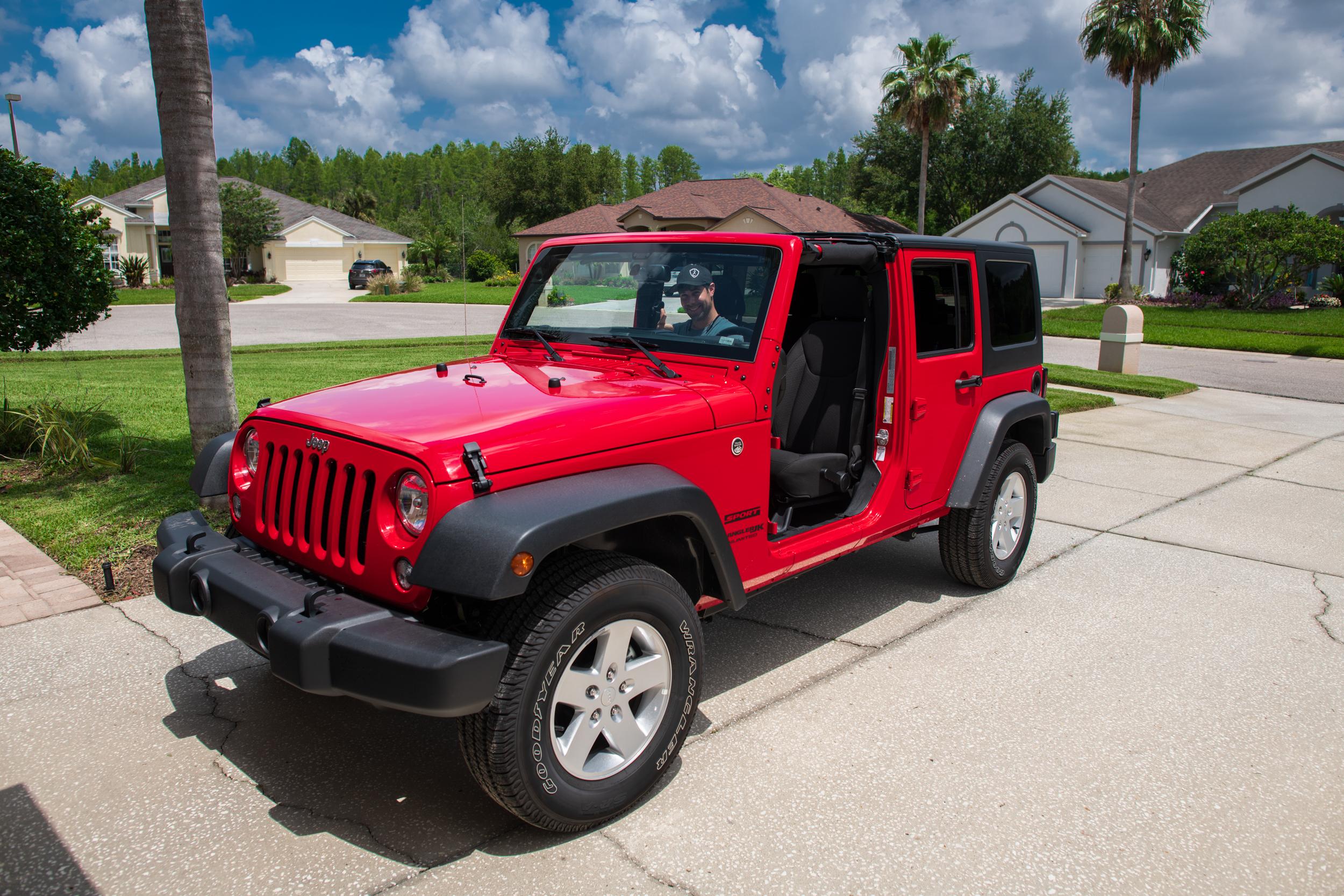Jeep doors off (1 of 1).jpg