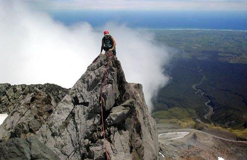 rock climbing Taranaki.jpg