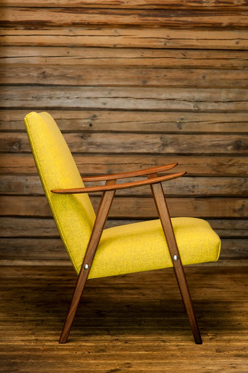50-talls stol trukket i ullstoff fra Gudbrandsdalen Ullvarefabrikk - Foto: Santina Crolla
