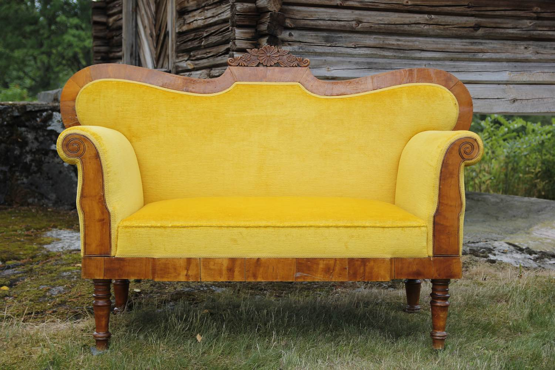 Biedermeier sofa