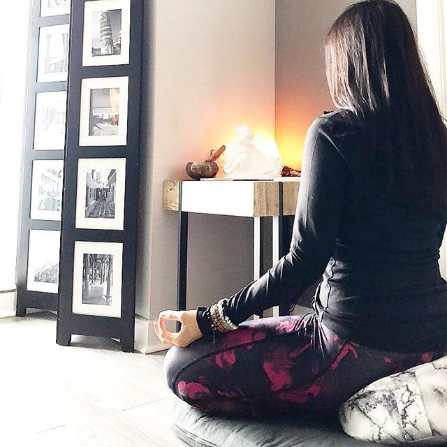 """@dee_sik make time for stillness and wearing her @aurastonedesigns bracelet 🙏🏼 . @dee_sik says: """"When I went on my yoga teacher training, they recommended we set up a meditation space. My place is small so I've set up a meditation corner - as much as I'd love to have a room dedicated to my practice. It's such a great reminder to make time for meditation and to create space for stillness in my life"""" 🧘🏻♀️ . . . . .  #yogisofig #meditationspace #yogateacher #breathe #love #yogagirl #calm #mind #yogaeverydamnday #yogainspiration"""