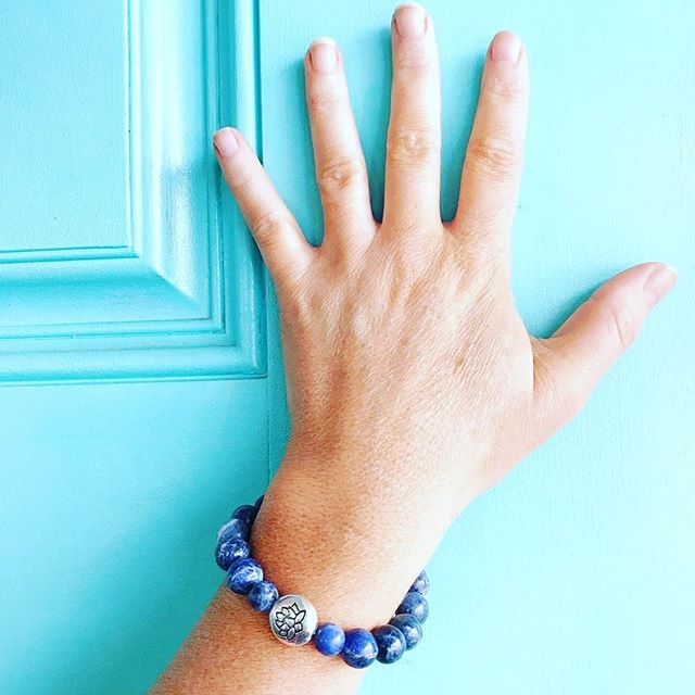 """From @rebeccahleigh - """"Loving the energy from my absolutely gorgeous sodalite bracelet from @aurastonedesigns - thank you so much for creating such a beautiful and special piece. 🙏🏼✨💙📿 From their website: Sodalite gemstones are known as 'poet's stones'  or 'stones of truth'. Wearing sodalite is believed to bring your attention to the qualities of inner peace, truth, and clear logical thinking. It helps to combine intuition and logic. It calms the chatter in your head, providing mental clarity so that you can see the many layers and the bigger picture. Don't be surprised if you start to come into realization of your personal truths while wearing sodalite!"""""""