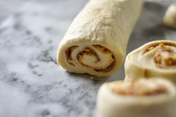 Hokkaido Milk Bread Cinnamon Rolls_ log cut.jpg