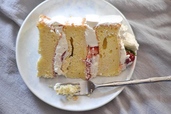 Strawberries and cream chiffon sponge__plated.jpg
