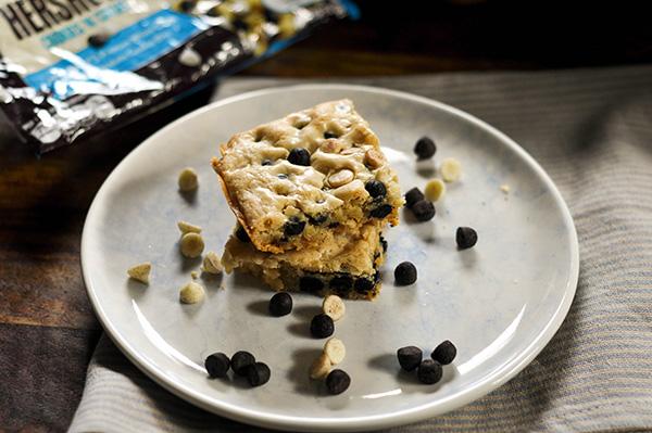 Cookies and Cream Blondies_posed.jpg