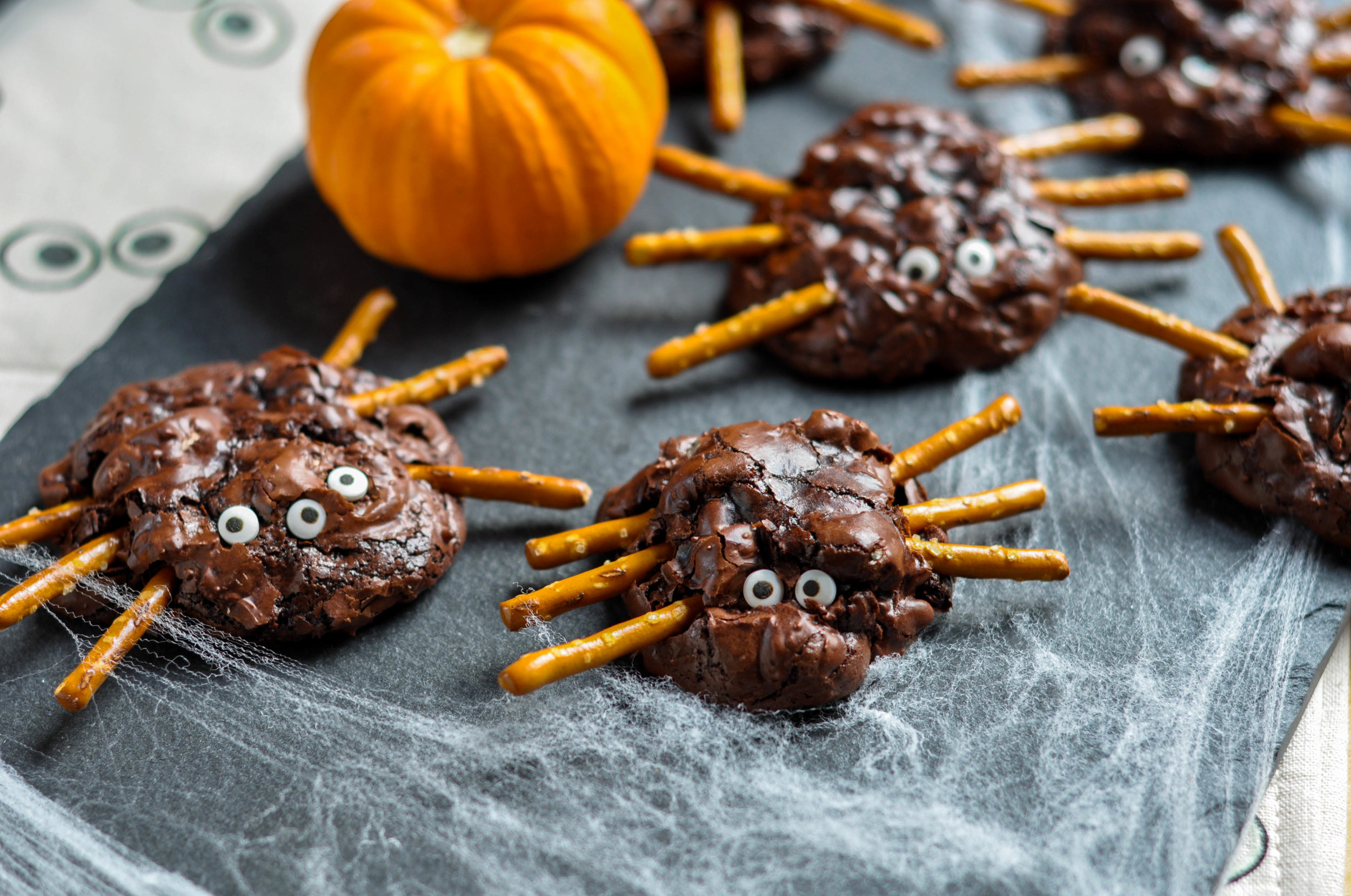 Chunky Chocolate Pecan Brownie Spiders_plated spiders-0100.jpg