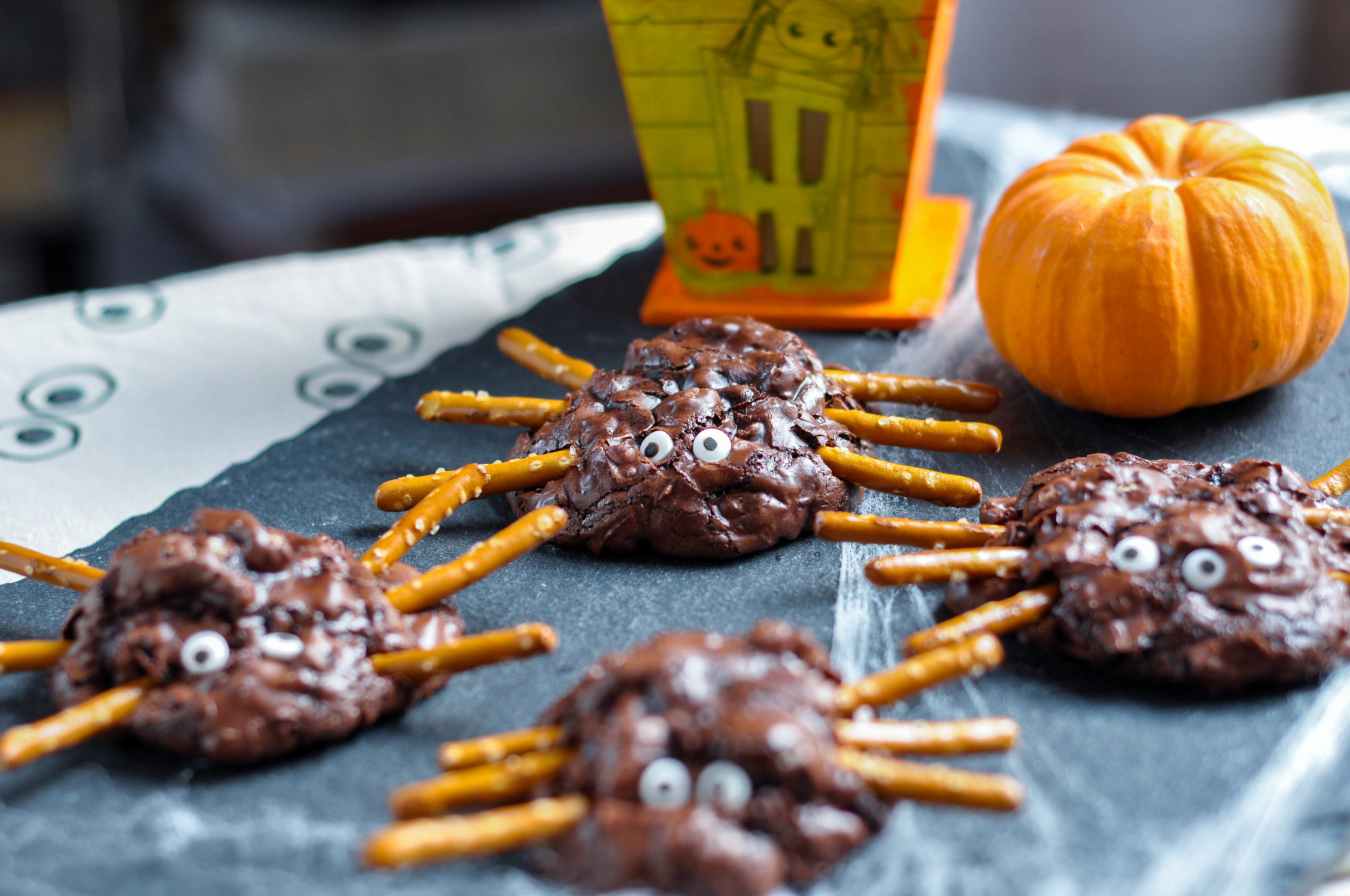 Chunky Chocolate Pecan Brownie Spiders_Spiders and house-0124.jpg