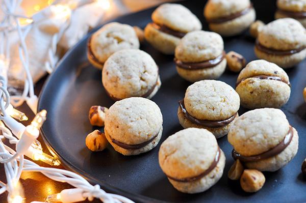 Nutella Hazelnut Kisses_filled cookies lit CU-0212.jpg