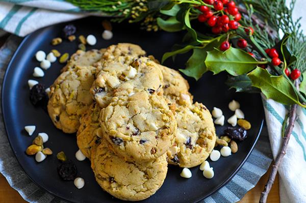 Pistachio White Chocolate Cherry Cookies_full plate-0027.jpg