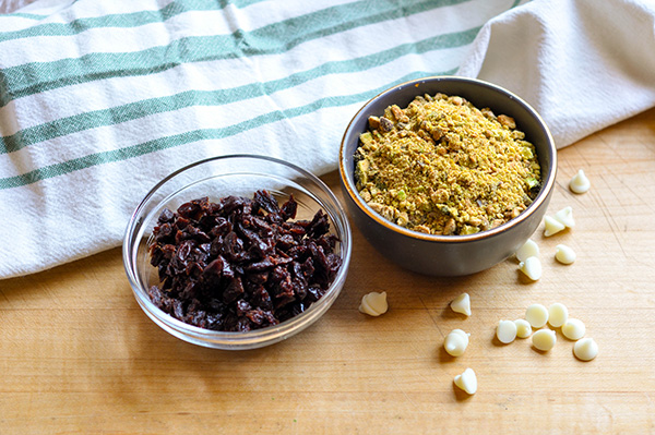 Pistachio White Chocolate Cherry Cookies_ingredients-0005.jpg