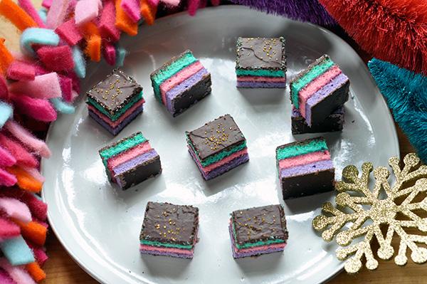 Unicorn Tricolor Cookies_Cookie overhead-0112.jpg