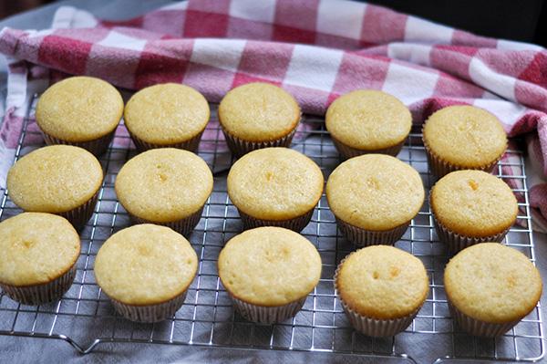 Crunchy Peanut upcakes_Baked-0021.jpg