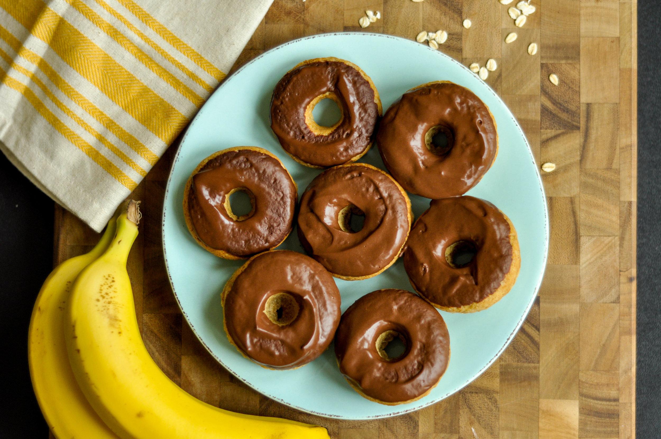 Chocolate Banana Donuts_plated-0055.jpg