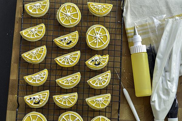 Lemony Sugar Cookies_wire rack.jpg