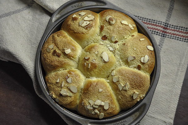 Almond Cream Buns_full pan.jpg