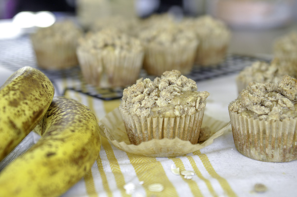 Healthyish Banana Oat Streusel Muffins_unwrapped.jpg