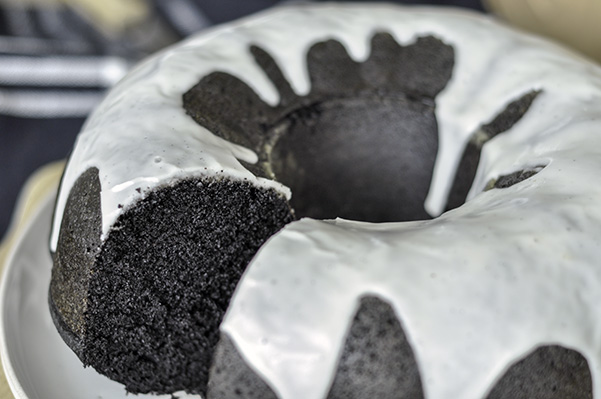 Black Cocoa Bundt Cake_Inside Ring.jpg