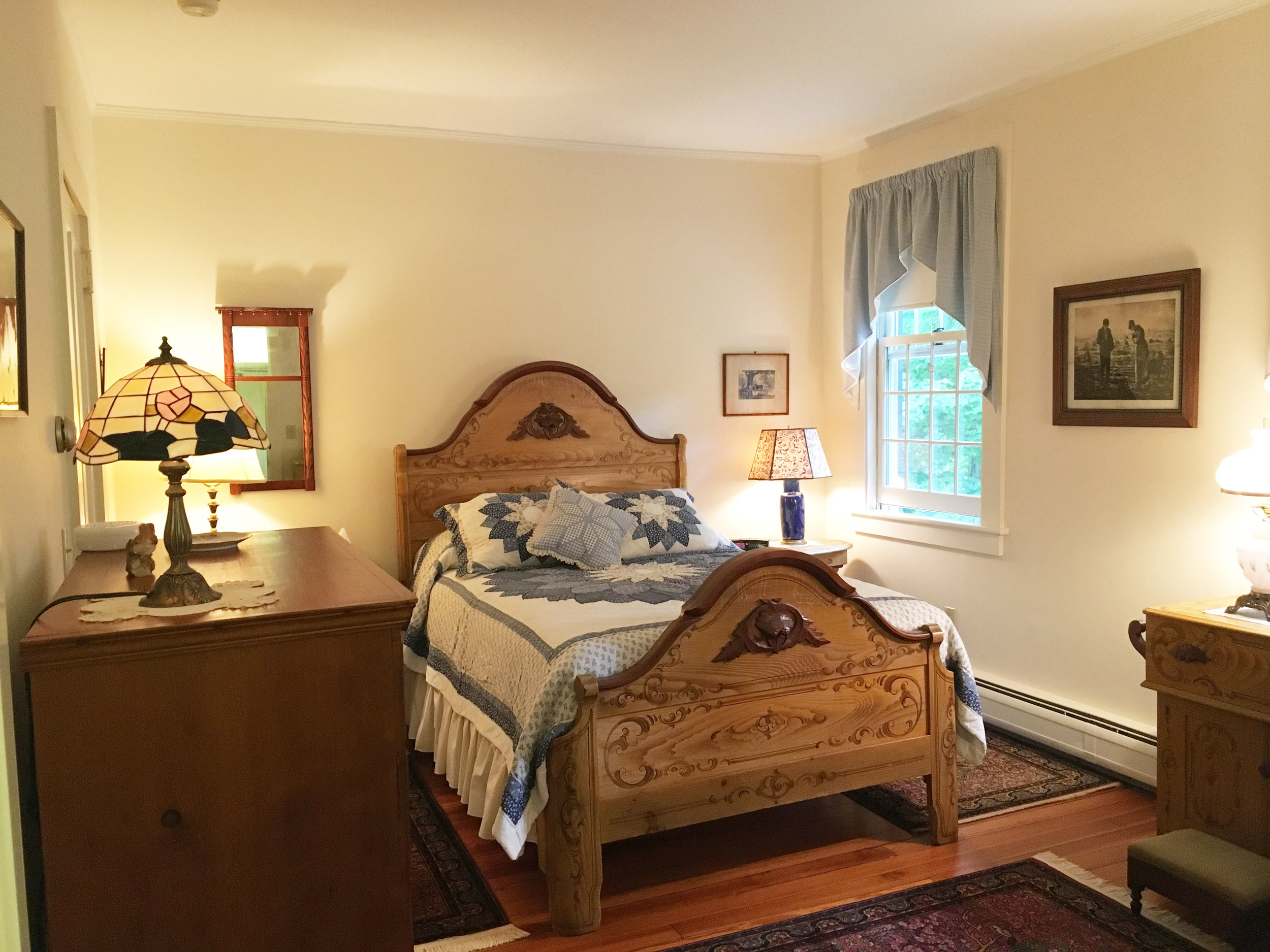 cottage room.jpg