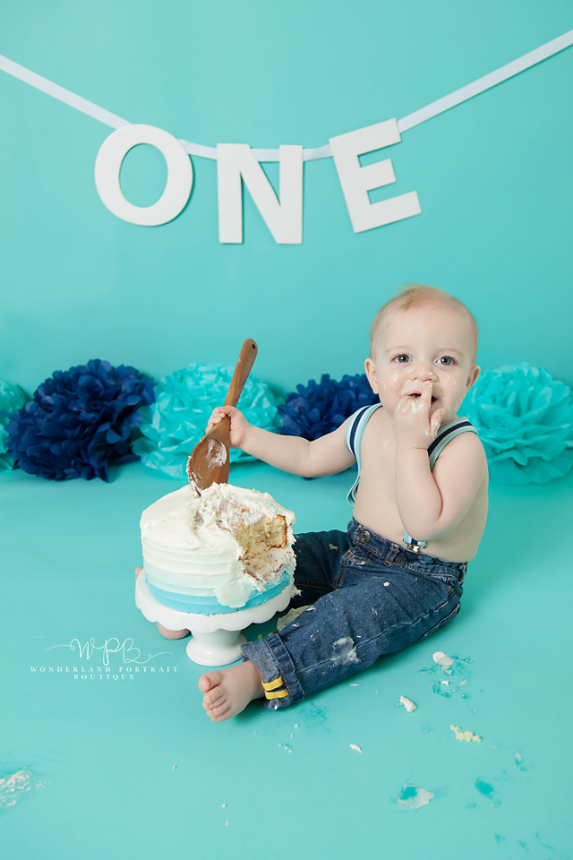 Newtown PA Cake Smash first birthday portraits