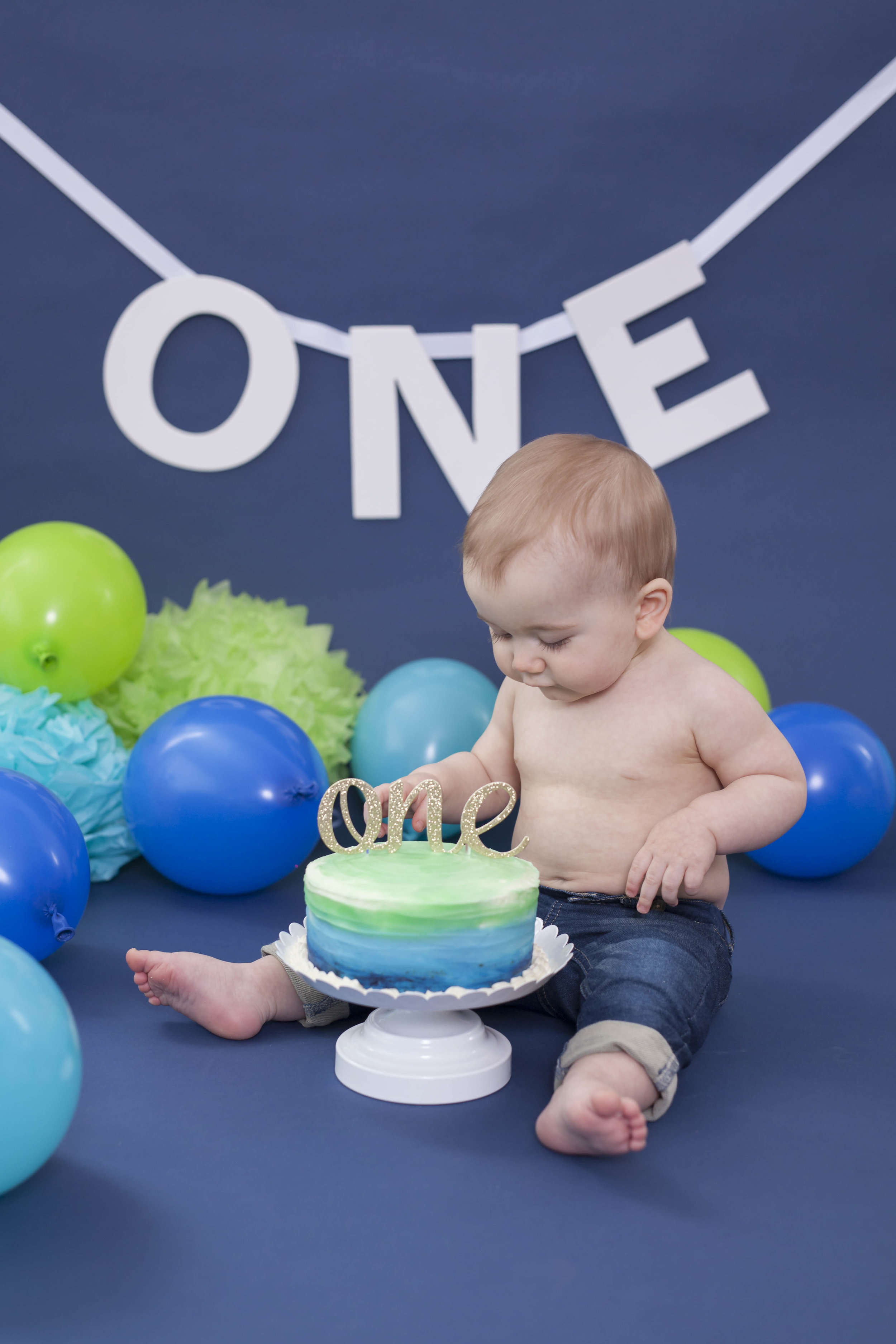 Newtown_PA_Cake_Smash_Photographer