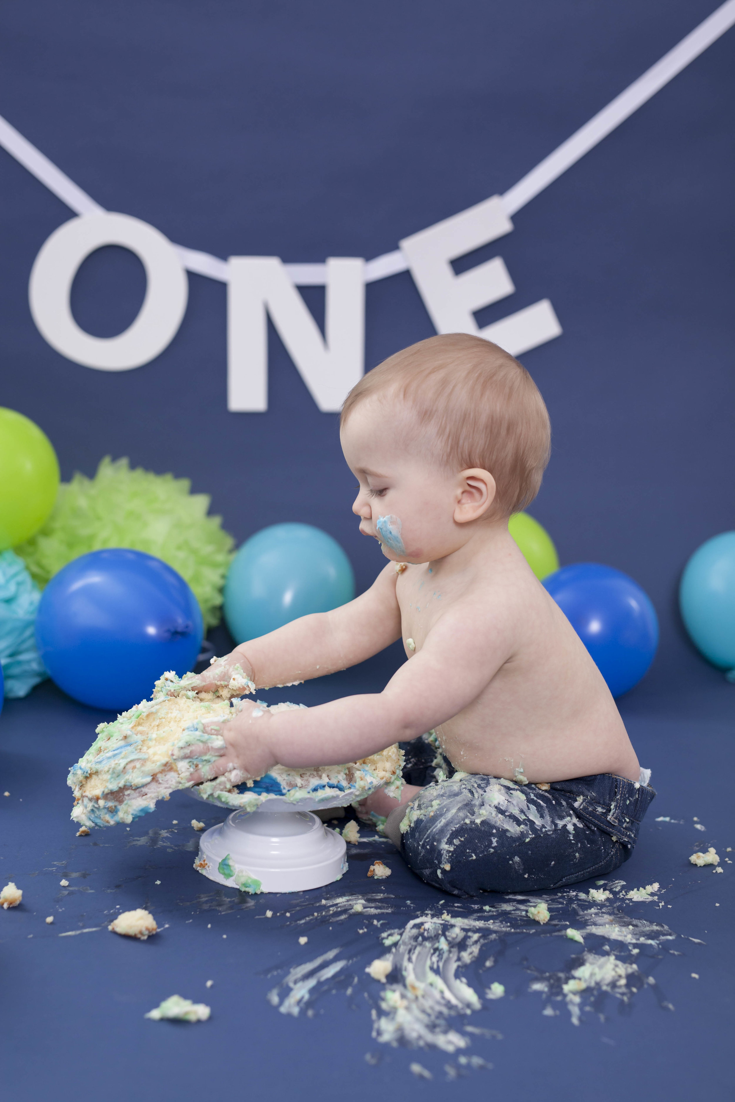 HollandPA_Cake_Smash_Photographer