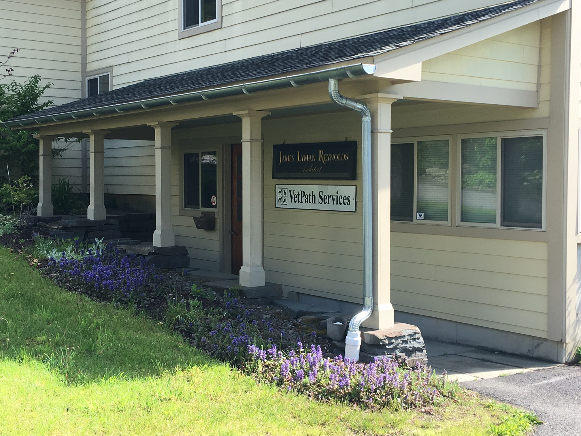 Professional Office Building - Stone Ridge, NY