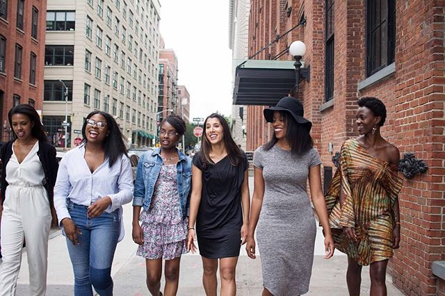 Female empowerment is a huge part of what we do here at SHE. We focus on uplifting women by shining light on their accomplishments and all their hard work. As a team, we aim to bring you, our readers, inspiring and empowering stories that change perceptions around what an entrepreneur looks like, and to get more minorities into the industry. Follow the link in our bio for stories that do just that! 📸captured by the talented @meleniegregphoto #womenempowerment #womeninbusiness #entrepreneur #empoweringwomen #womenofcolor #newyork #femalefounders #female #empoweredwomen