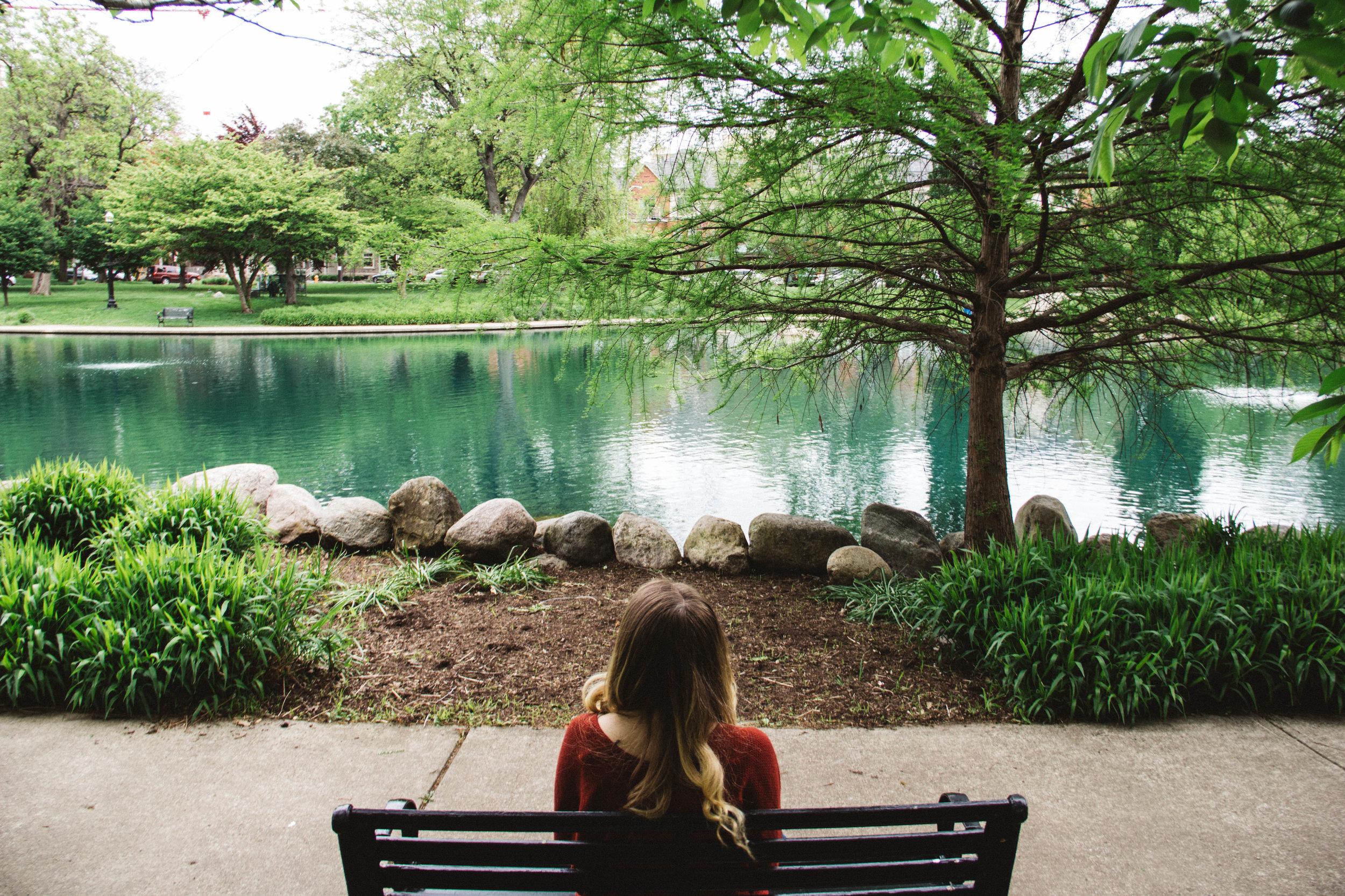 Sara_sitting-4.jpg