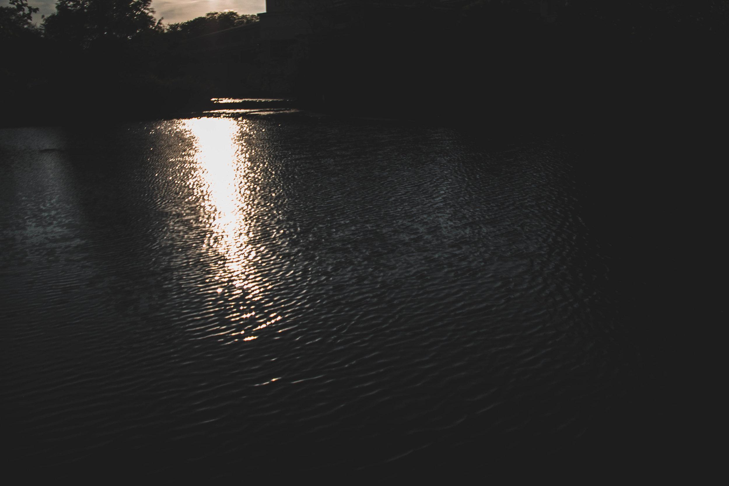 Dark_Lake-2.jpg