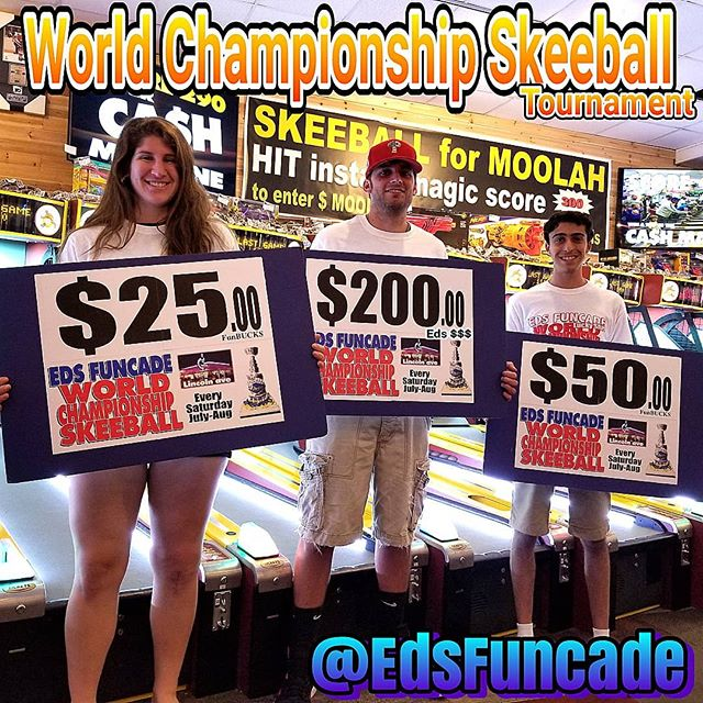 Thank you Funcaders for a great start to our 7th year hosting the World Championship Skeeball tournament @edsfuncade. This was week 1 of many so we hope to see you next Saturday night @6pm and you can win your piece of $Eds Money$ #summer #wildwood #nj #jerseyshore #boardwalk #giveaway #drawing #beach #skeeball #arcade #theshore #winner #eds #jackpot #wonka #willywonka #tournament #wildwood365