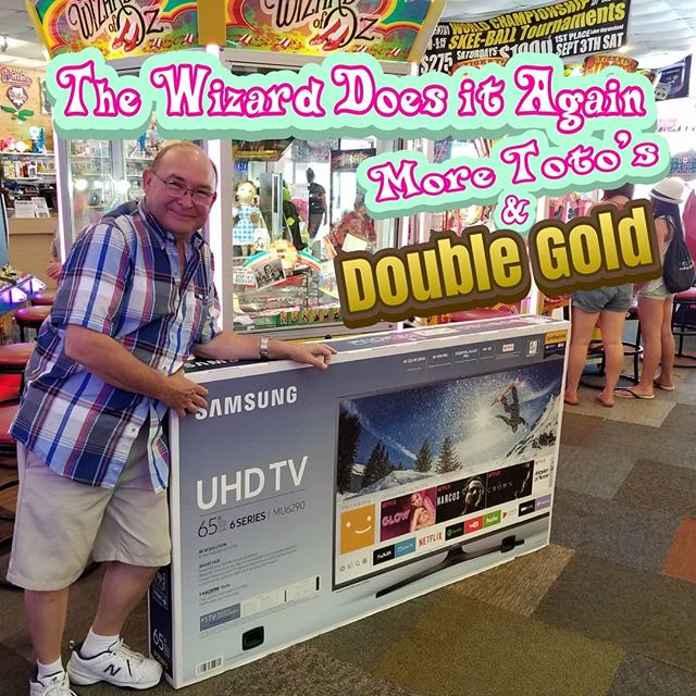 Wow check out Carl the Wizard gets another TV from Eds Funcade!!! We have MORE TOTOS & the only Wizard with Double Gold to give you Bigger Jackpots and Eds Money. See you soon @edsfuncade #summer #wildwood #nj #jerseyshore #boardwalk #giveaway #drawing #beach #skeeball #arcade #theshore #winner #eds #jackpot #wonka #willywonka #wizard #oz #wizardofoz