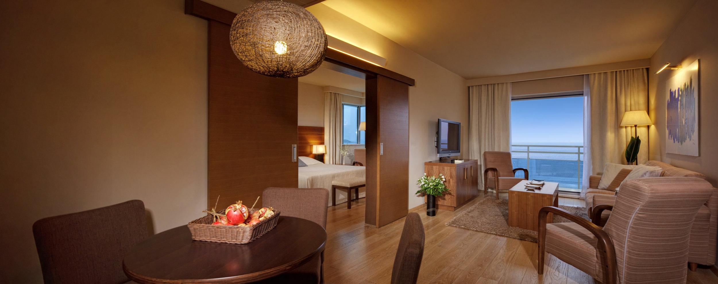 ALH Bellevue deluxe suite.jpg