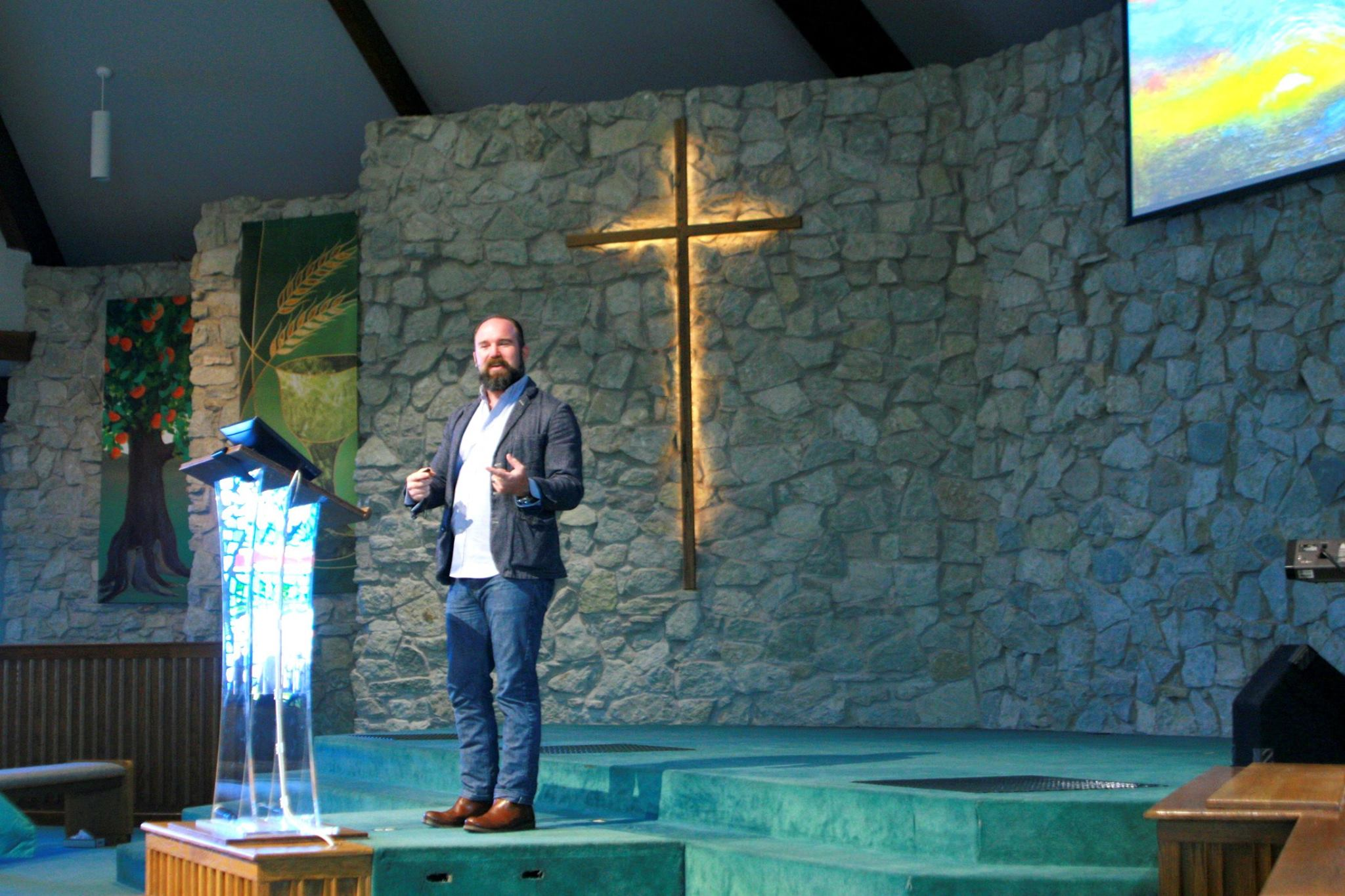Shared Leadership - A team of individuals share the Sunday morning teaching responsibilities. We believe this approach is consistent with Scripture, and that it benefits our congregation with a rich variety of teaching styles, all of which rest firmly on a commitment to the Bible as God's Word.