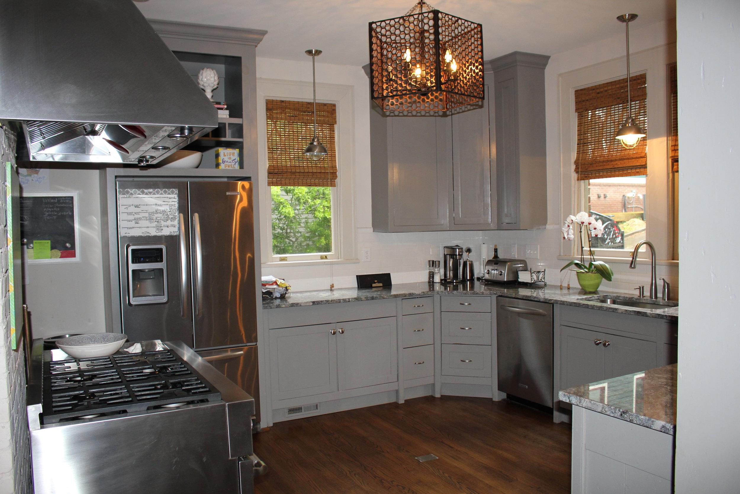 kitchen e park 002.JPG
