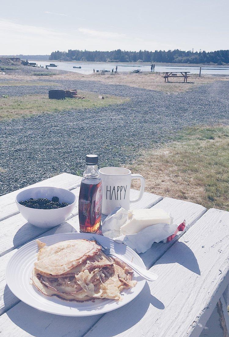 Family Camping at Fanny bay