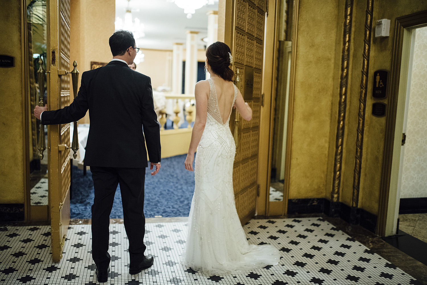 Kristin + James-Roosevelt-Hotel-New-Orleans-Wedding_Online_0255.jpg