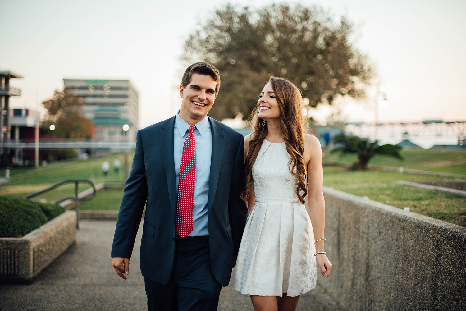 Jonathan + Ashton-Baton-Rouge-Sunset-Picnic-Proposal-Photos_Online_0111.jpg