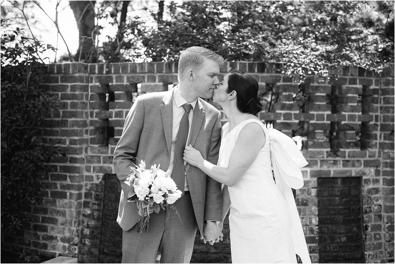 Heather + Scott-Longue-Vue-house-and-gardens-black-tie-wedding-photos_Gabby Chapin_Print_0094_BLOG.jpg