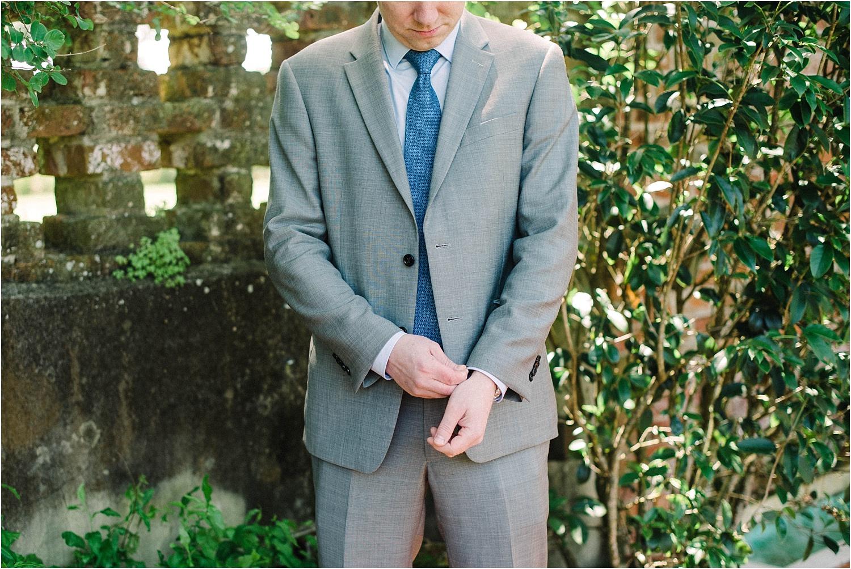 Heather + Scott-Longue-Vue-house-and-gardens-black-tie-wedding-photos_Gabby Chapin_Print_0102_BLOG.jpg