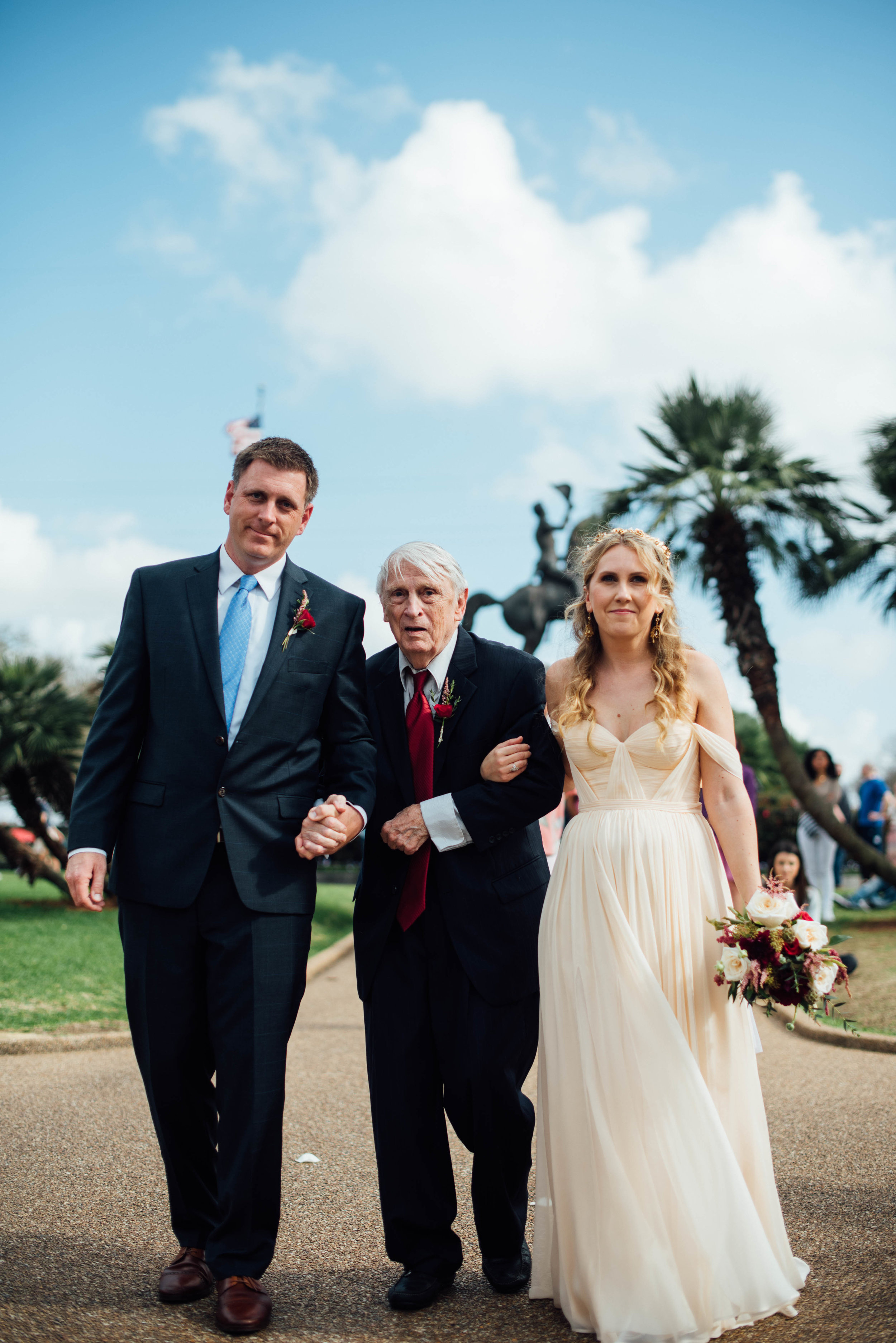 Liz + Raymond-Jackson-Square-New-Orleans-Wedding_Print_0220.jpg