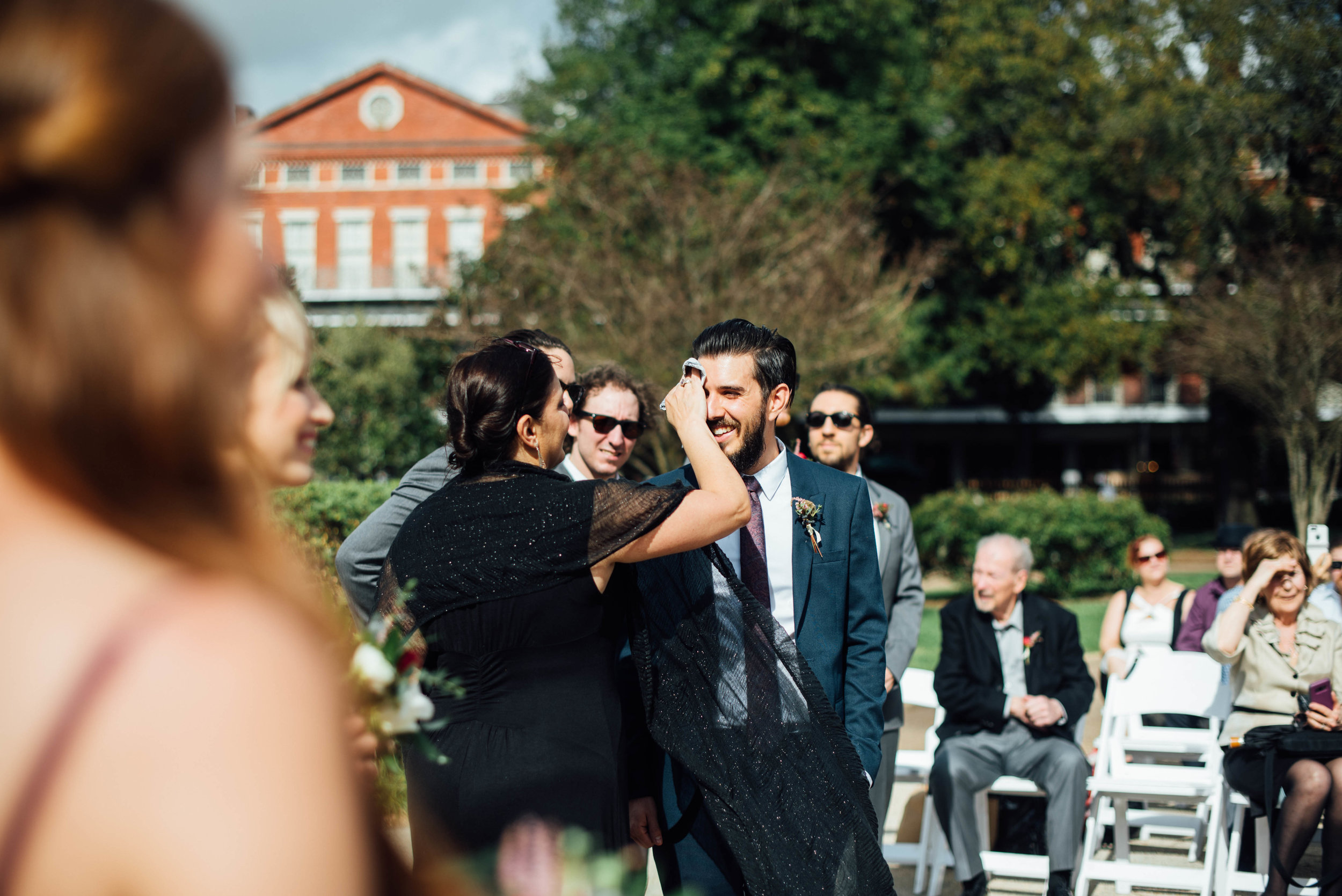 Liz + Raymond-Jackson-Square-New-Orleans-Wedding_Print_0221.jpg