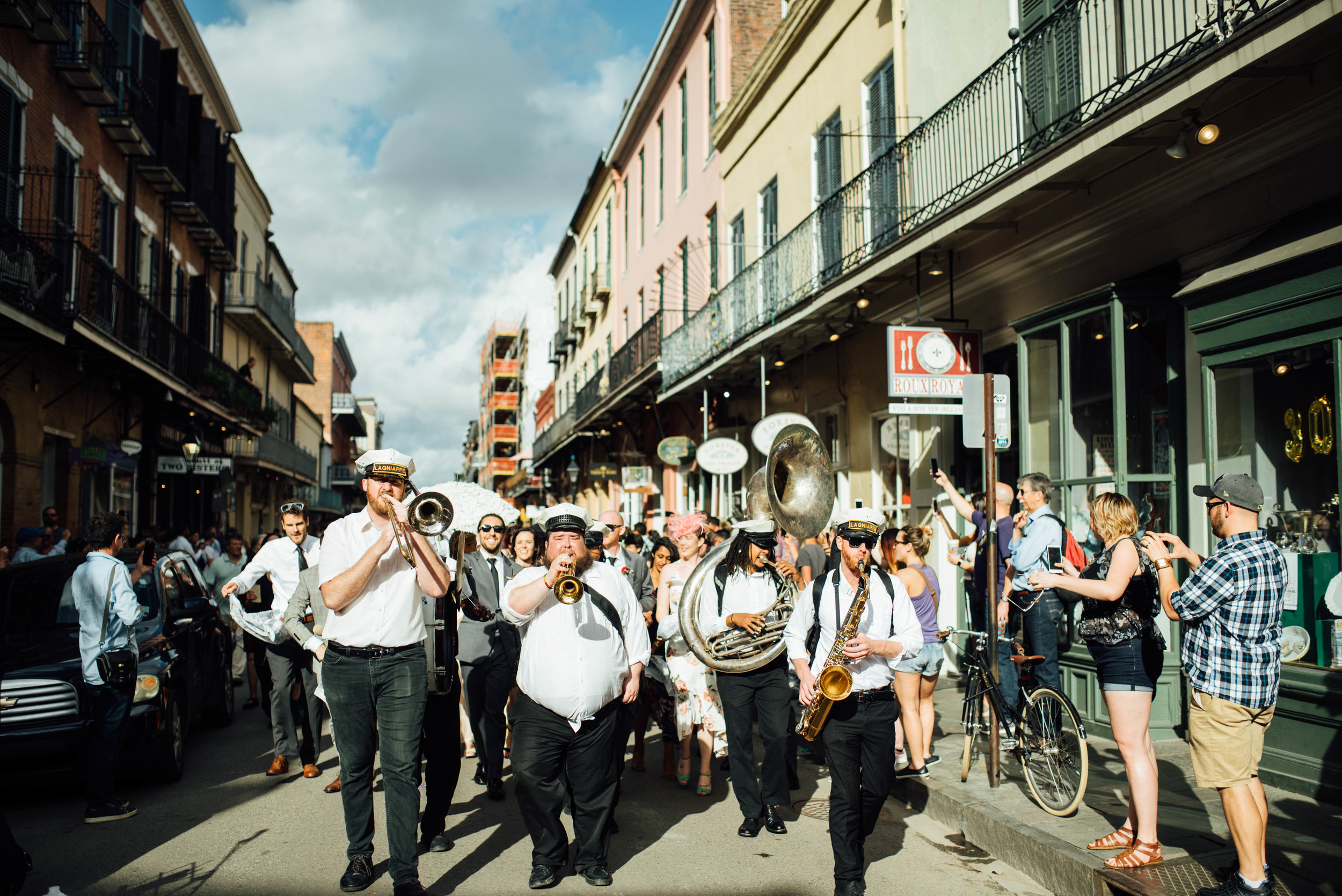 Liz + Raymond-Jackson-Square-New-Orleans-Wedding_Print_0411.jpg